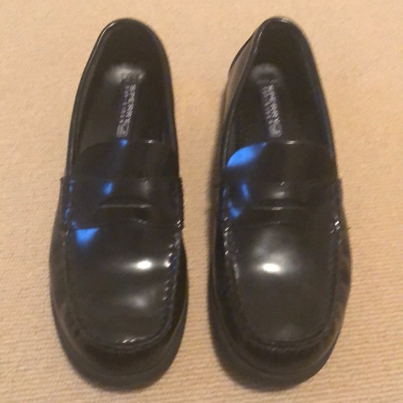 Sperry Other - Men's Sperry black penny loafers , size 6.5